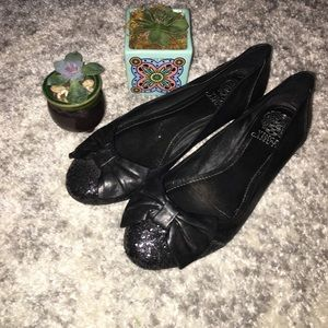 Vince Camuto Black Bow Flats. size 7.5